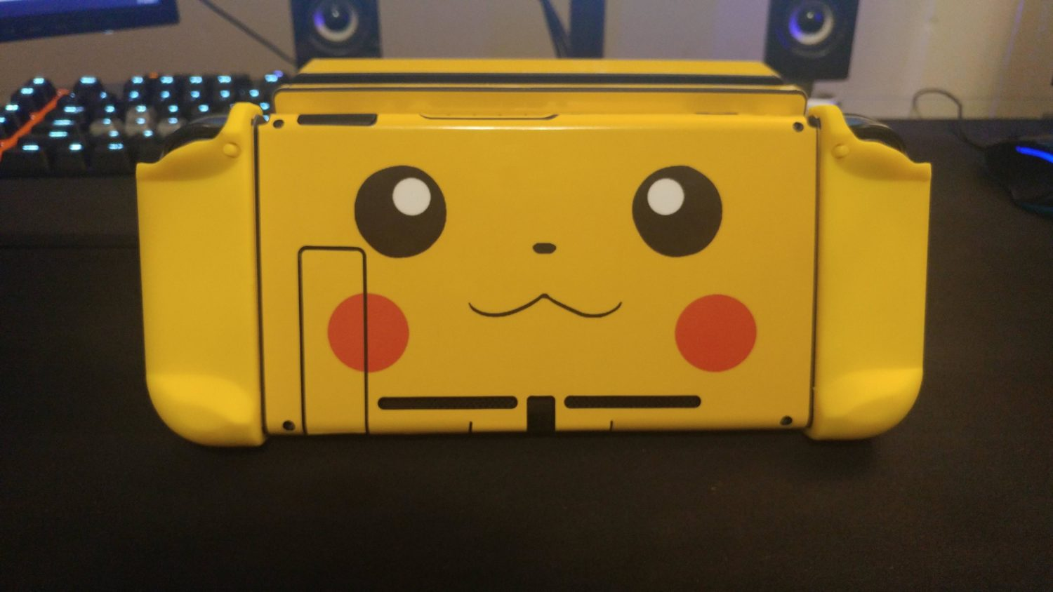 Nintendo Switch Gets A Gameboy Color Pikachu Makeover Nintendosoup New 3ds Xl Yellow Edition Heres How The Joy Con And Console Looks Like When Docked To Play In Tv Mode